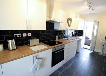 Thumbnail 5 bed shared accommodation to rent in Southfield Road, Doncaster