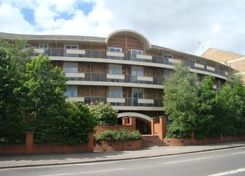 Thumbnail 1 bed flat to rent in Branagh Court, Reading