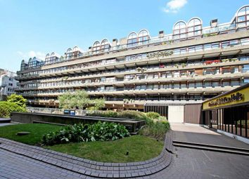 Thumbnail 2 bed flat for sale in Ben Jonson House, Barbican, London