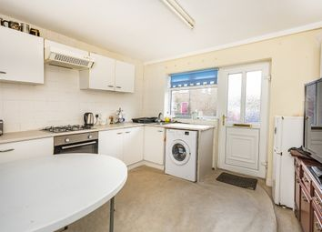 3 bed maisonette to rent in Stanley Road, Teddington TW11