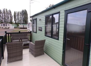 Thumbnail 2 bed bungalow for sale in Rayford Park, Tiddington Road, Stratford Upon Avon