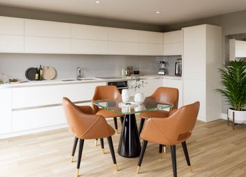 Coppetts Road, Muswell Hill N10. 2 bed flat for sale