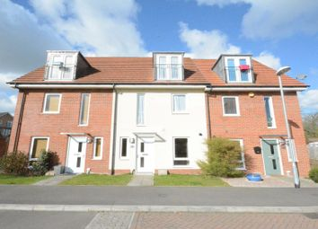 Thumbnail 3 bed town house to rent in Typhoon Close, Bracknell
