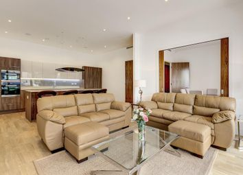 Thumbnail 4 bed flat to rent in Lexington Place, London NW11,