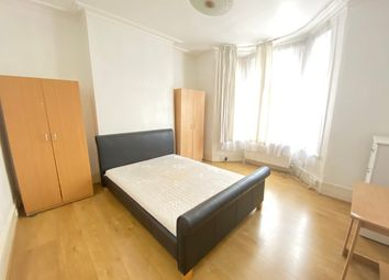Thumbnail 5 bed shared accommodation to rent in Warwick Road, Newham