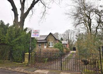 Thumbnail 3 bedroom detached bungalow to rent in Diglee Road, Furness Vale, High Peak