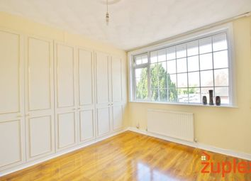 Thumbnail 1 bed flat to rent in Haselbury Road, London
