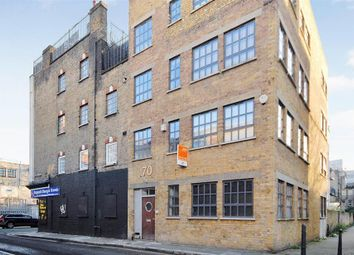 Thumbnail 2 bed flat to rent in Whitechapel Aldgate East, London