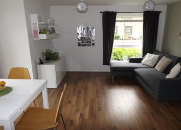 Thumbnail 2 bed flat to rent in Lawrence Weaver Road, Cambridge