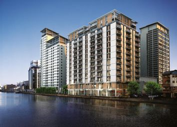 2 bed flat to rent in Discovery Dock West, 2 South Quay Square, Canary Wharf, London E14