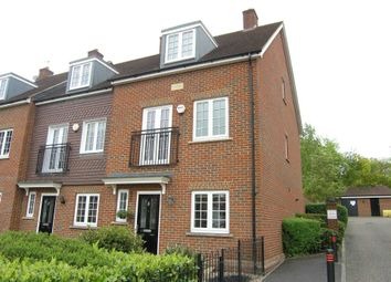 Thumbnail 4 bed town house to rent in Bournemead, Bushey