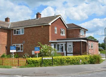 Thumbnail 3 bed flat for sale in Vale Avenue, Grove, Wantage