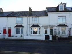 4 bed semi-detached house to rent in Coast Road, Pevensey Bay BN24