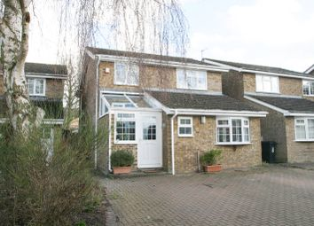 Thumbnail 4 bed detached house to rent in Strafford Way, Thame, Oxfordshire