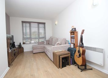 Thumbnail 1 bedroom flat to rent in 111 High Road, South Woodford, London