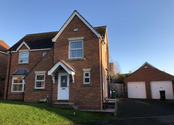 4 bed detached house to rent in The Oval, Wakefield WF1