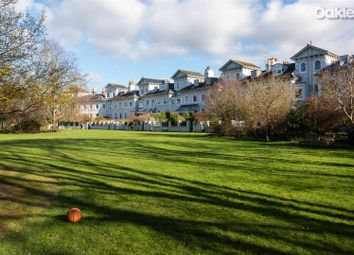 Park Crescent, Brighton BN2. 2 bed flat for sale