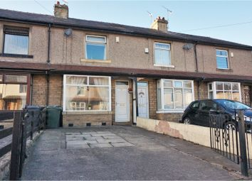 Thumbnail 2 bedroom town house for sale in Frimley Drive, Bradford