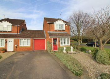 Thumbnail 2 bed link-detached house for sale in Helens Gate, Cheshunt, Waltham Cross