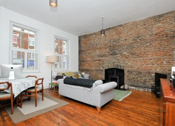 Thumbnail 2 bedroom flat for sale in Stoke Newington Church Street, London