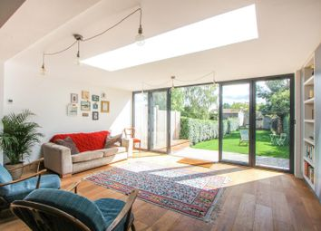 Thumbnail Property to rent in Island Wall, Whitstable