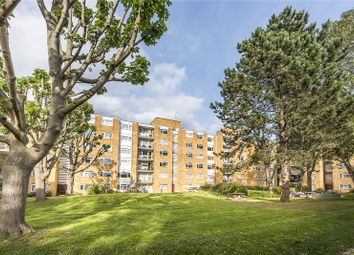 Thumbnail 2 bedroom flat for sale in Traherne Lodge, Walpole Road, Teddington