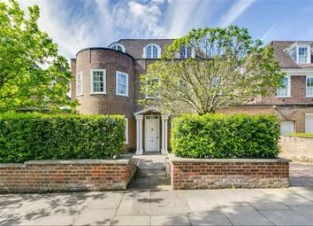 Thumbnail 6 bed detached house to rent in Springfield Road, London