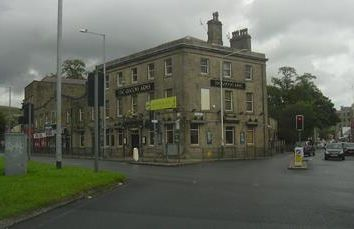 Thumbnail Restaurant/cafe for sale in Queens Arms, 1 Bank Street, Rossendale, Lancashire