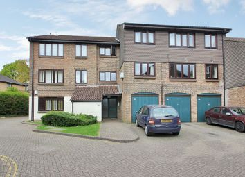 1 bed flat for sale in Connaught Gardens