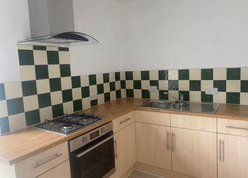 Thumbnail 1 bed flat to rent in Cornerswell Road, Penarth