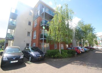 Thumbnail 2 bed flat to rent in Mehurst Drive, Bromley