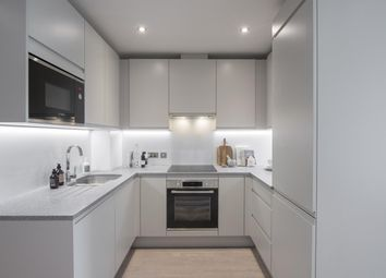 Thumbnail 2 bed flat to rent in Napier Road, Reading