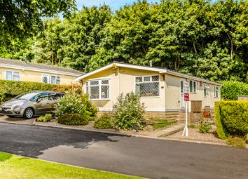 Thumbnail 2 bedroom mobile/park home for sale in Justin Way, Crosland Hill, Huddersfield