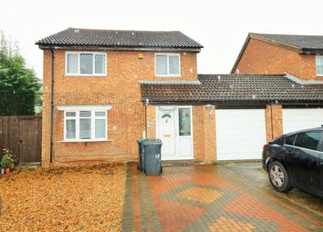 Thumbnail 4 bedroom detached house to rent in Lea Green Close, Luton