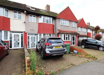 5 bed terraced house to rent in Longhill Road, Catford SE6