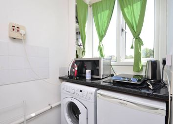 Thumbnail Studio to rent in Ashbourne Close, Woodside Park