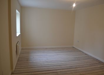 Thumbnail 3 bedroom flat to rent in High Road Leytonstone, London