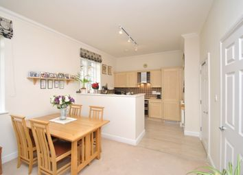 Thumbnail 2 bed flat for sale in Kingsley Avenue, Fairfield Hall