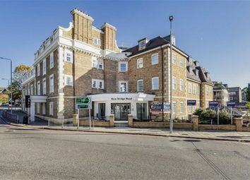 Thumbnail 3 bed flat for sale in Kew Bridge Road, Brentford