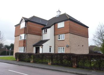 Thumbnail 2 bedroom flat to rent in Washford Glen, Didcot