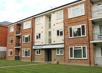 Thumbnail 2 bed flat to rent in Castle Avenue, Chingford