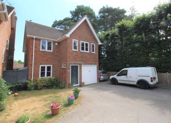 Thumbnail 4 bedroom link-detached house to rent in Reading Road South, Fleet, Hampshire