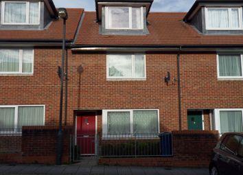 4 bed property to rent in Harmony Terrace, Goldsmith Close, Harrow HA2
