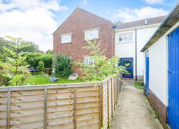 Thumbnail 2 bed flat for sale in Kent Close, Paddock Wood, Tonbridge