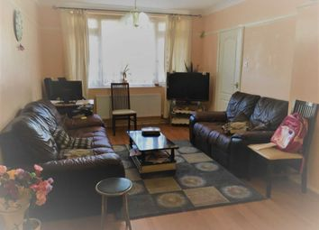 Thumbnail 3 bed detached house to rent in Randolph Road, Langley, Slough