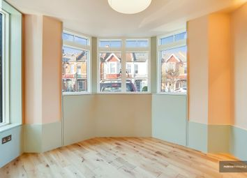 3 bed end terrace house to rent in Lucien Road, Earlsfield SW19