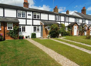 Thumbnail 2 bed property to rent in High Road, Cookham, Maidenhead