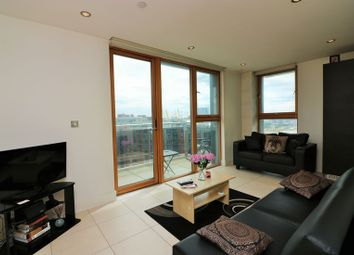 Thumbnail 1 bed flat for sale in Streamlight Tower, Canary Wharf