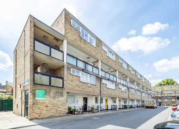 Thumbnail 3 bed flat for sale in Hawthorne Close, London