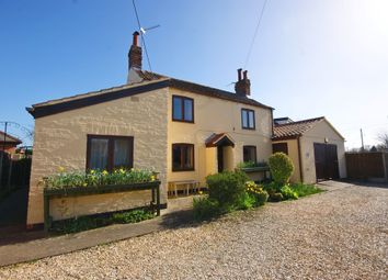 Thumbnail 5 bed cottage for sale in Moor Lane, North Hykeham, Lincoln
